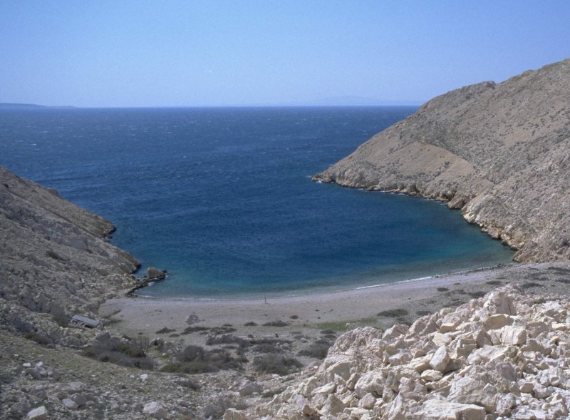 baska-beach-vela-plaza-11