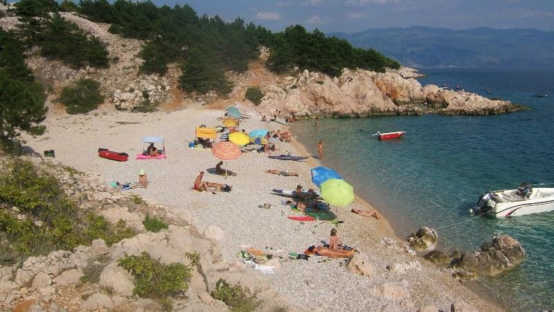 baska-beach-vela-plaza-21